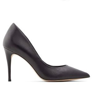 "Aldo ""Traycey"" Black Leather Pumps"